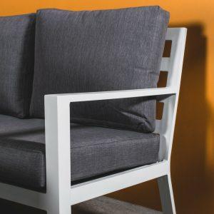 Adelaide Hjørnegruppe (hvit) + bord * Mørke grå